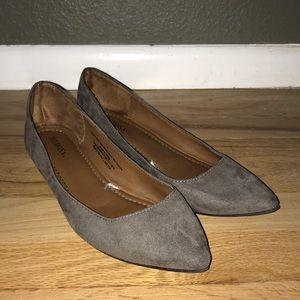 "1"" Gray Ballerina Flat"